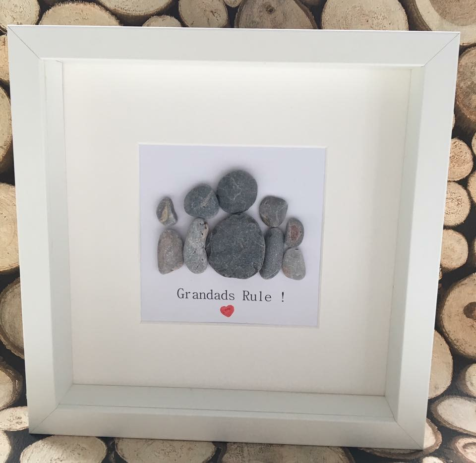Hand Made Pebble Frame - Belle Maison